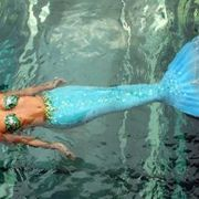It's too bad these realistic mermaid tail costumes are so damn expensive, because if they weren't I would probably already own about ten of them. Realistic Mermaid Tails, Diy Mermaid Tail, Mermaid Pose, Silicone Mermaid Tails, Mermaid Lagoon, Mermaid Pictures, Mermaid Art, Mermaid Scales, Mermaid Gifs