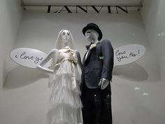 Vitrines Lanvin - Paris février 2010   Click www.pinterest.com/instorevoyage to find thousands of in-store marketing and visual merchandising pins