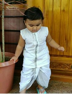 Mom And Son Outfits, Mom And Baby Dresses, Baby Boy Dress, Baby Boy Outfits, Kid Outfits, Ethnic Wear For Boys, Kids Indian Wear, Indian Boy, Indian Style