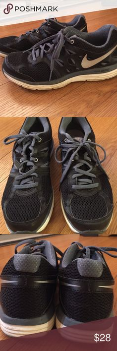 Nike Dual Fusion.  Nikies with some wear, good running shoes.  Cute! Nike Shoes Sneakers