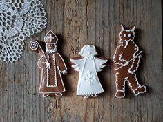 Perníkový Mikuláš, čert a anděl - Christmas cookies Advent, Art For Kids, Cookies, Christmas Ornaments, Holiday Decor, Children, Desserts, Crafts, Food Garnishes
