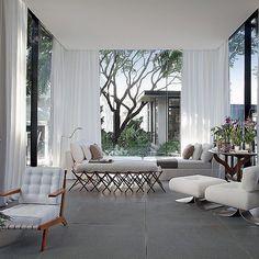 Jardim de inverno de Dado Castelo Branco na Casa Cor São Paulo 2016. No blog tem muitas fotos da mostra corram lá pra ver!!! (Link no perfil).  http://ift.tt/1PDZmBp  Snapchat decorandoacasa  #casacor #casacorsaopaulo #casacor30anos #casacoroficial #arch #architecture #architecturelovers #arqdesign #arqdecor #arqlovers #decorlovers #designlifestyle #lifestyle #estilodevida #olioliteam #interiores #interiordesign