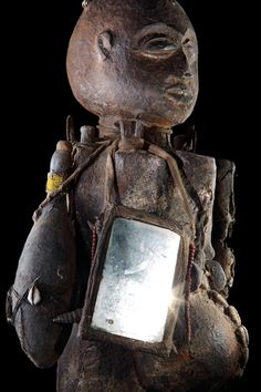 Vodun:African Voodoo is an exhibition of the amazing private collection of Voodoo art collated by African and tribal art expert Jacques Kerchache. African Tribes, African Diaspora, African Voodoo, Voodoo Hoodoo, African Sculptures, Africa Art, Animal Bones, Voodoo Dolls, Tribal Art