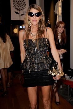 Anna dello Russo Photo - Mittel Moda Fashion Award: Milan Fashion Week Womenswear S/S 2011