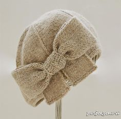 "Takes ""Beau Cloche"" with knitting needles Crochet Baby Bonnet, Crochet Beanie, Knitted Hats, Knit Crochet, Crochet Hats, Sombreros Cloche, Knitting Accessories, Crochet Patterns Amigurumi, Baby Knitting"