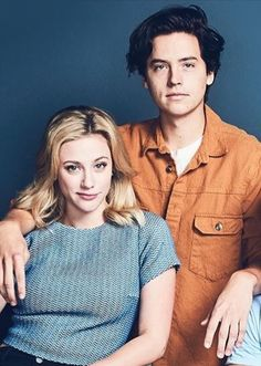 I find Lili and Cole to be extremely cute. I like how they dont tell the media everything, and i admire them for it. I hope their relationship flourishes, they're a great match!