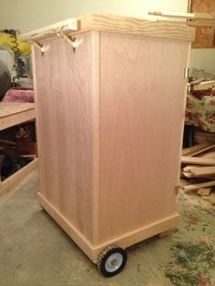 Mobile tack trunk - rear