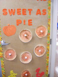 fall bulletin boards   Fall Bulletin Board/Door   Flickr - Photo Sharing!