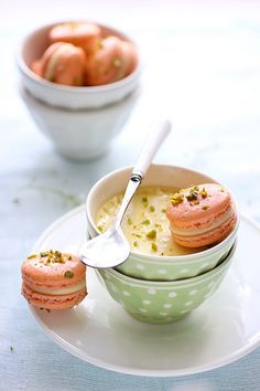 pistachio and grapefruit macarons with lemon thyme pot de creme