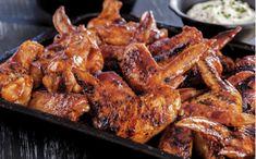 Recetario Empanadas, Chicken Wings, Meat, Food, Gastronomia, Chicken With Mushrooms, Tasty Food Recipes, Food Art, Meals