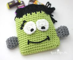 Halloween is sneaking up on us! My kids are so excited for all the festivities this year. We decorated the house and the costumes are made. Now they are looking forward to trick-or-treating! I thought I would make something special for my crew and these little Crochet Frankenstein Candy Pouches are fun and functional! Pictured with …
