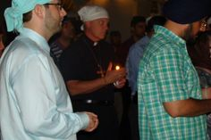 Lodi Residents mourn with Sikhs Circle of Friends holding candle