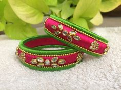 Silk Thread Bangles Design, Silk Thread Necklace, Beaded Necklace Patterns, Thread Jewellery, Jewelry Patterns, Kundan Bangles, Silk Bangles, Bangles Making, Bangle Set