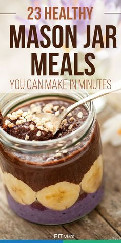 Here are 23 healthy and easy mason jar meals you can make in minutes. Great to make lunch, breakfast recipes. Make these ahead of your trip for cheap meal planning. | Fitvivo