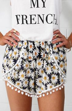 Cornflower Shorts | Beginning Boutique