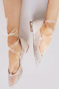 bfb77e207da 10 Flat Wedding Shoes (That Are Just As Chic As Heels)