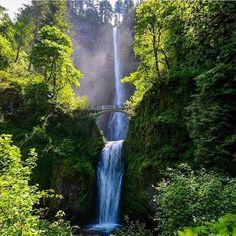 Multnomah Falls, Oregon. Breathtaking! ✦ Photo credits: @thebeardeddream ✦ Tag #worldtravelbook to be featured. ✦ Follow my other account @sharqawii #travel #YOLO #photooftheday #picoftheday #nature #tagsforlikes #instagram #bestoftheday #life #love #photo #gopro #instagram #summer #instatravel
