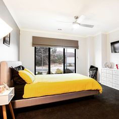 Anything but mellow! We're admirers of how yellow can make any room shine! http://ift.tt/2bjfBd5 14 Ellenborough Crescent #ManorLakes  Credit to @snapmediagroup  for the pic #localhomestaging #homestaging #yellow #cushion #pillow #throw #doona #cover #quilt #bedroom #bright #light #indoor #interior #interiordecorating #realestatephotography #realestate