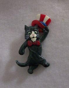 Carved Bakelite Uncle Sam Kitty Cat Pin  Patriotic July 4th Feline Brad Elfrink Girls Jewelry, Jewelry Art, Antique Jewelry, Vintage Jewelry, Funky Jewelry, Jewlery, I Love Cats, Cool Cats, Cat Pin