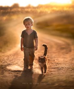 Mother Takes the Most Magical Pictures of Her Children with Animals on Her Farm