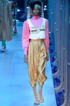 Gucci Fall 2017 Ready-to-Wear Fashion Show - Aaliyah Hydes