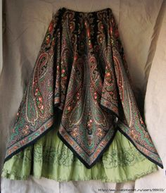 A little boho .Yubki and pattern Hippie Style, Gypsy Style, My Style, Bohemian Gypsy, Hippie Chic, Skirt Fashion, Love Fashion, Fashion Dresses, Vintage Fashion