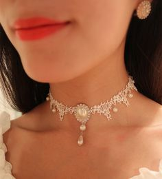handmade white Lace Victorian Wedding Bridal choker by FLYMFLY