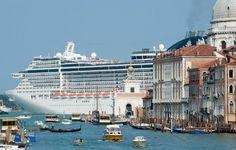 Venezia, stop alle grandi navi da crociera