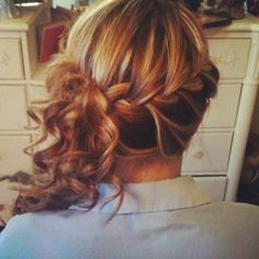 Very cute hairstyle