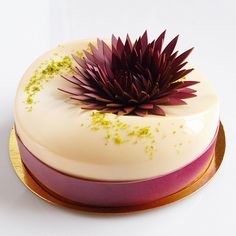 / Desserts / My Favorite Desserts / Cake / Candy / Chocolate / Ice Cream / Nuts / Fruit / Drinks / Cup Cake / Coffee / Enjoy! Beautiful Desserts, Beautiful Cakes, Amazing Cakes, Crazy Cakes, Fancy Cakes, Decoration Patisserie, Baking And Pastry, Mousse Cake, Pastry Cake