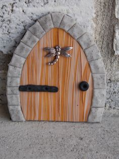 Fairy garden door faux wood with dragonfly by SonFairySmallThings