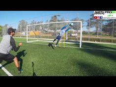 Goalkeeper Training: Leg and jumping workout Soccer Goalie, Football Drills, Youth Soccer, Goalkeeper Training, Soccer Training, Session 9, Football Stuff, Youtube, Goals