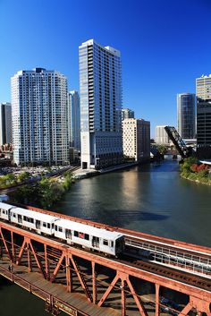 """Do you know why the train system is called the """"L""""? It's because majority of the tracks are Elevated- and the Loop got its name from the loop that the trains make around the area."""