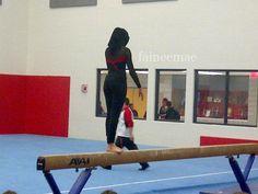 """Muslim Female Gymnast – first """"hijabi"""" in her high school's gymnastics team Muslim Hijab, Islam Muslim, Muslim Women, Hijab Niqab, Turban, Gymnastics Team, Female Gymnast, School S, High School"""