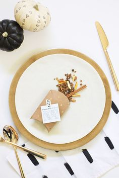 Learn how to make homemade mulling spice place cards that double as wedding favors. A free printable recipe card for mulled wine is included.