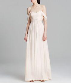 Une robe de mariée nude