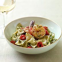 Farfalle with Shrimp and Pesto. Weight Watchers recipe that is so easy and so good!! 10 pts