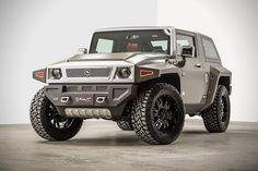 Rhino XT – Jeep Wrangler Inspired by Military Vehicles