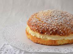Dicen que el secreto de esta tarta pertenece a un polaco de nombre Alexandre Micka  que aterrizó en Saint- Tropez allá por el año 19...