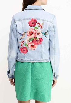 flowers Iron on Patch flowers embroidery applique birds iron on patch flowers iron on decals transfers sticker Painted Denim Jacket, Painted Jeans, Painted Clothes, T Shirt Painting, Fabric Painting, Casual Outfits, Cute Outfits, Denim Art, Diy Clothes