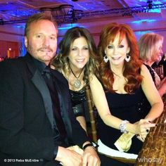 The fact that Reba McEntire tweeted this photo of her Narvel with Rita... *faints* can you say PERFE