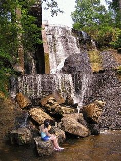 Dunn's Falls, Lauderdale County Mississippi - the park is a natural wildlife refuge with a picnic area with barbecue grills, a gristmill pond, hiking and swimming areas.