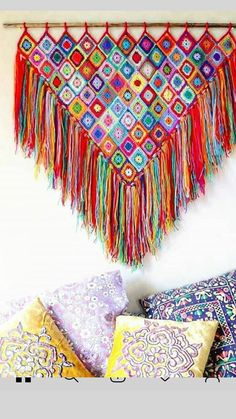 Good evening/Good Morning, depending on where you are right now * * I just had to share this photo with you today, I couldn't wait… Crochet Wall Art, Crochet Wall Hangings, Love Crochet, Crochet Granny, Knit Crochet, Crochet Decoration, Crochet Home Decor, Crochet Crafts, Yarn Crafts