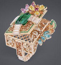 "DIOR ""Emerald Queen's Grove"" ring"