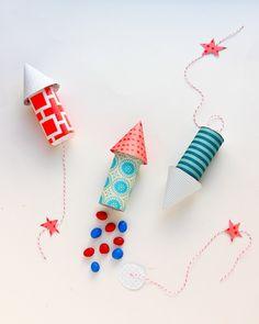 Unos preciosos cohetes DIY para presentar los regalitos en tu fiesta espacio / Lovely DIY rockets to present the party favours at your space party