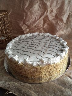 Eszterházy-torta recept Hungarian Cake, Cakes And More, Tiramisu, Pie, Sweets, Candy, Ethnic Recipes, Birthday Cakes, Food