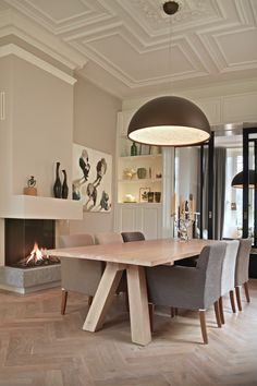 By Thimble Interieurstudio Living Room Kitchen, Living Room Interior, Kitchen Bar Design, House Ceiling Design, Concept Home, Modern Interior Design, Home Decor Inspiration, Apartment Living, Decoration