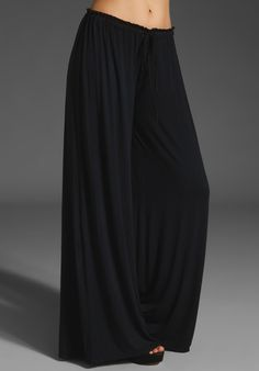 COMFY!!     KRISA Wide Leg Pant in Black at Revolve Clothing - Free Shipping!