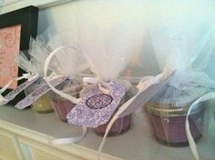 Know someone who can make a sugar scrub? Have them make up a big batch for you, then put them in canning jars, tied up with crinoline fabric, a ribbon and a tag. Makes a sweet baby shower party favor and keeps you in budget! Baby Shower Party Favors, Baby Shower Parties, Baby Showers, Baby Shower Gifts, Baby Gifts, Diy Ideas, Party Ideas, Craft Ideas, Baby Shower