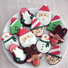 412 Likes, 14 Comments - Mavis Yong Cake Cookies, Sugar Cookies, Christmas Cookies, Christmas Ornaments, Merry Christmas, Kinds Of Cookies, Cut Out Cookies, Christmas Hearts, All Things Christmas